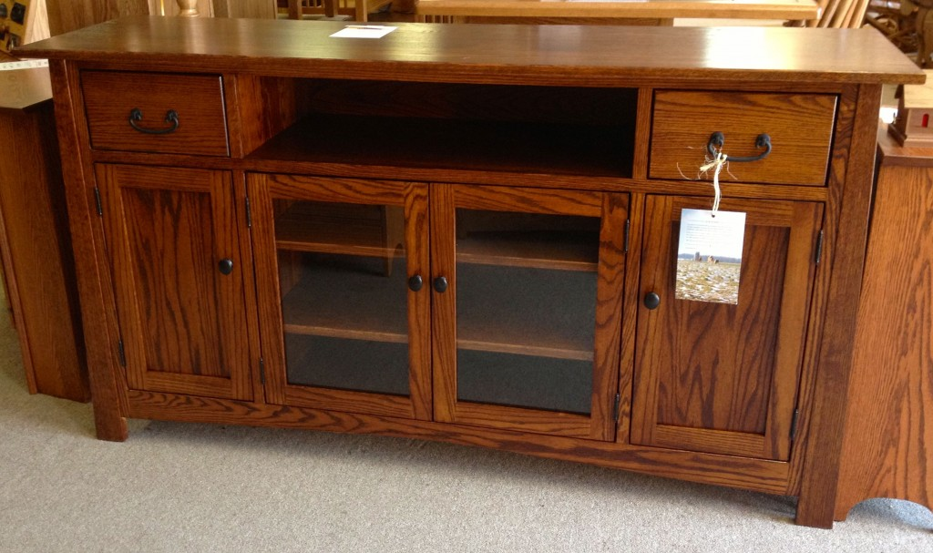 TV Credenza | Amish Traditions WV