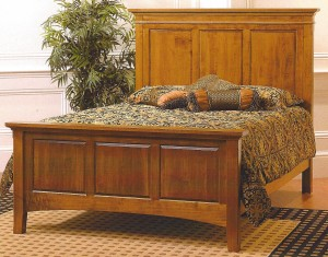 Amish Crystal Lake Queen Bed – $1,439.00