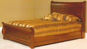 Amish Luxembourg Queen Bed – $1,389.00