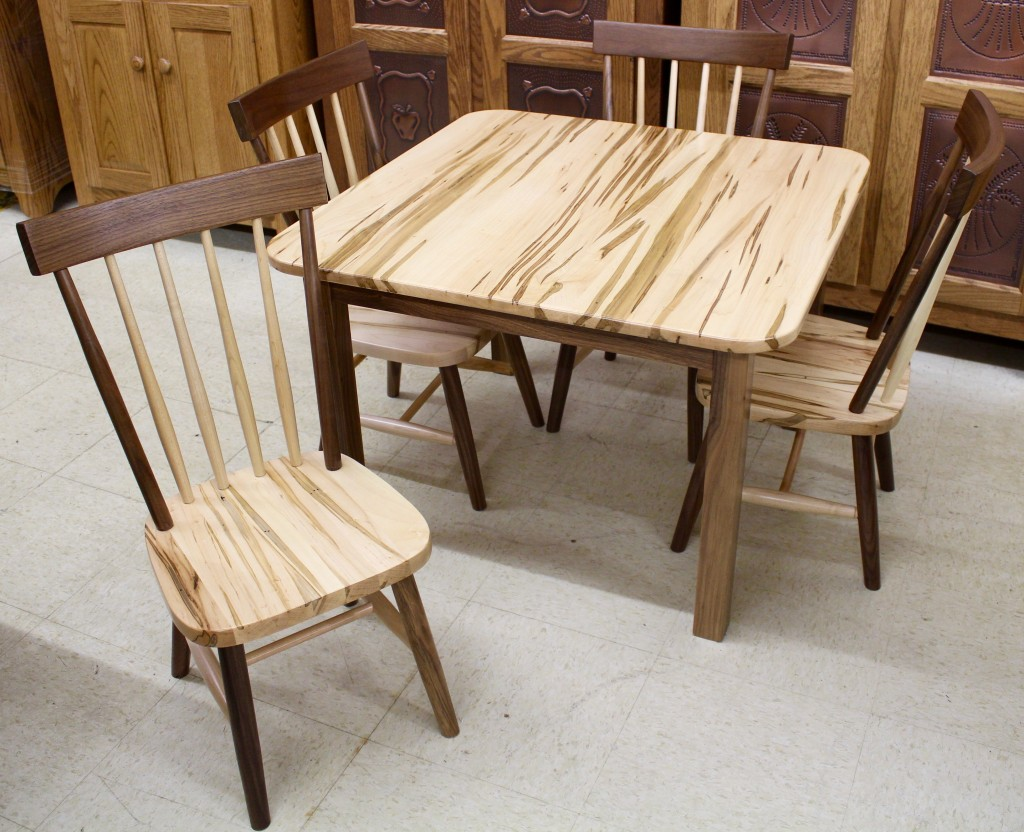 Comb Back Child S Table With Four Chairs In Wormy Maple Walnut Bedroom Suite 7 Pc