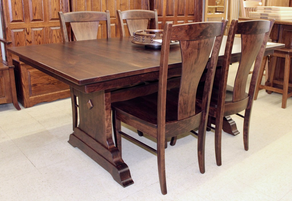 Introducing our NEW Amish Hoover Double Pedestal Table to our showroom floor!