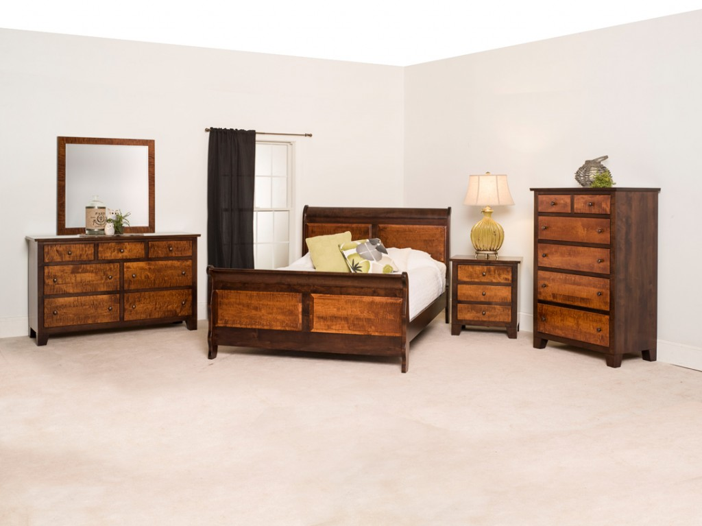 Amish Princeton Bedroom Set With Tiger Maple Two-Tone Finish